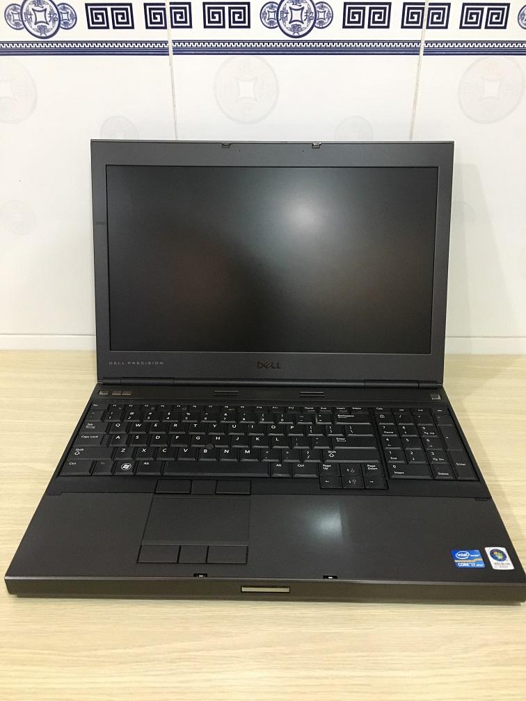 LAPTOP CU DELL M4600 (1)