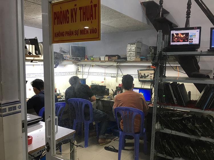 Phòng kỹ thuật tại hienlaptop.com