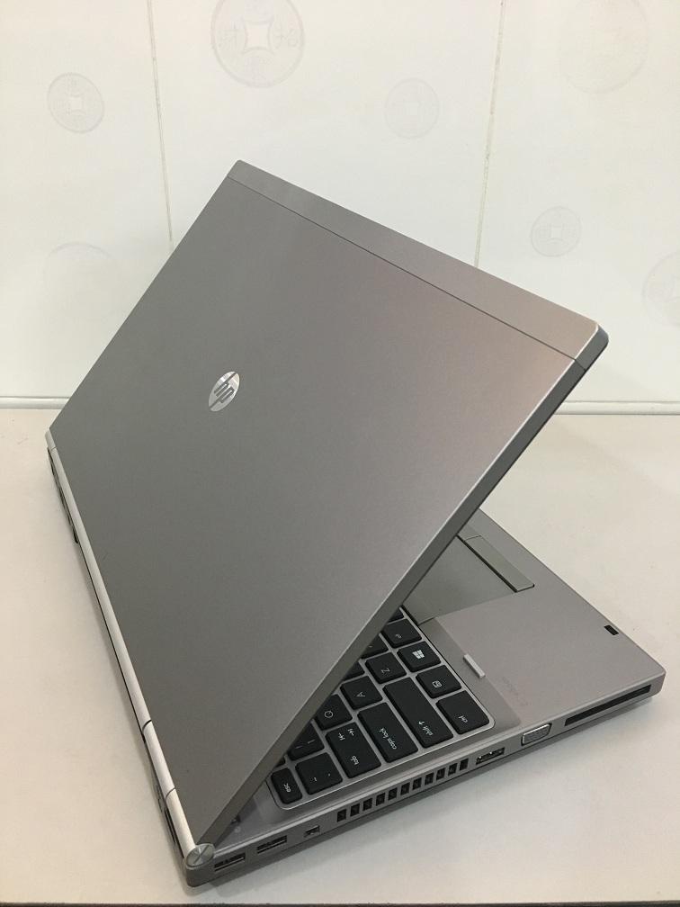 LAPTOP CU HP 8570P (3)