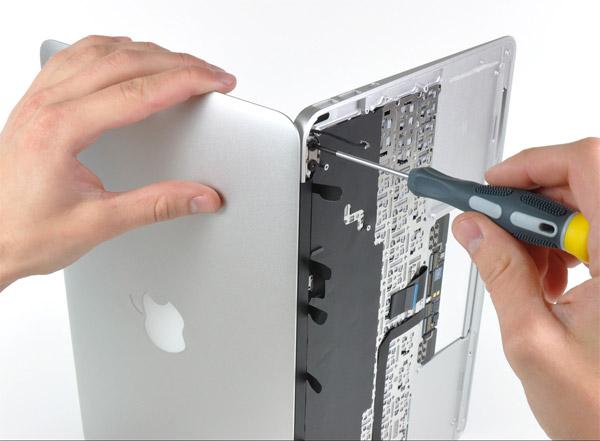 thay ban phim laptop macbook lay lien 2 Thay bàn phím laptop macbook lấy liền tại Hiển Laptop TPHCM