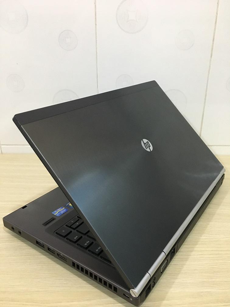 LAPTOP CU HP 8470W (3)