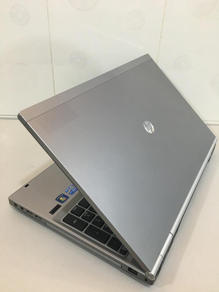 LAPTOP CU HP 8560P (2)