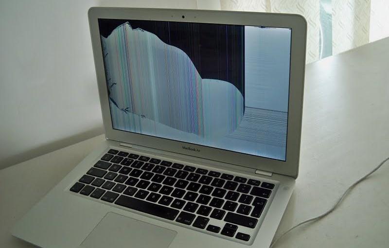 Thay màn hình laptop macbook chính hãng