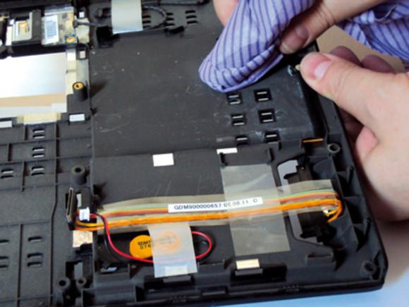 Vệ sinh laptop lấy liền tại chỗ