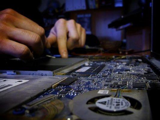 Hiển laptop chuyên sửa laptop Dell tại TPHCM