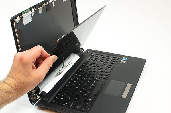 Sửa màn hình máy tính giá rẻ uy tín tại hienlaptop